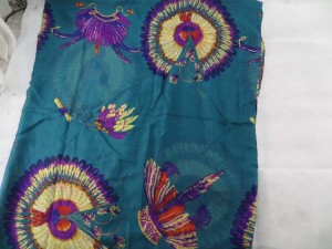 light-shawl-sarong-100f