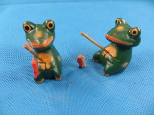Mini fishing frog set