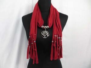 necklace-scarf-70e