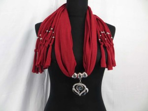 necklace-scarf-70f