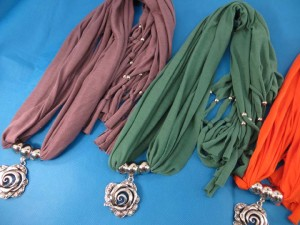 necklace-scarf-72b