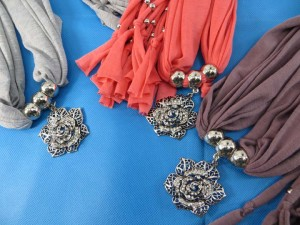 necklace-scarf-73b