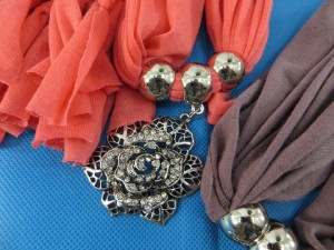 necklace-scarf-73c