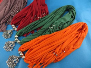 necklace-scarf-74c