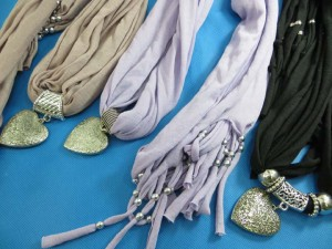 necklace-scarf-78i