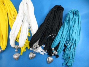 necklace-scarf-78m