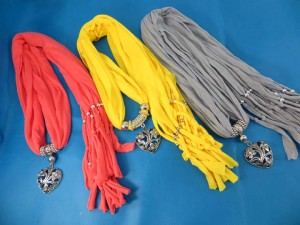 necklace-scarf-79a