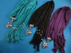 necklace-scarf-79c