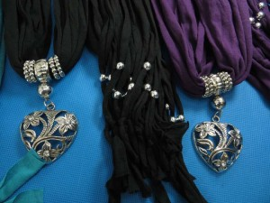 necklace-scarf-79d