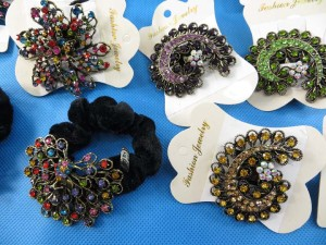 rhinestone-hair-tie-ponytail-holder-scrunchie-40s
