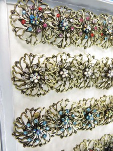 ring-rhinestone-vintage-flower-2b