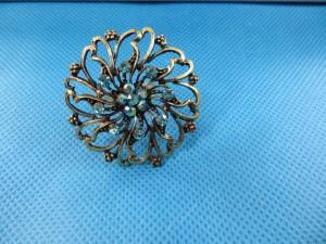 ring-rhinestone-vintage-flower-2d