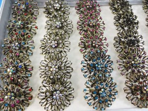 ring-rhinestone-vintage-flower-3b