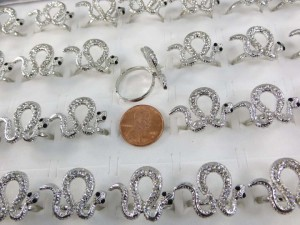 ring-snake-clear-crystal-8c