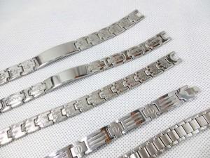 stainless-steel-bracelet-silver-tone-2b