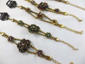 vintage-retro-cz-bracelet-gold-tone-1c