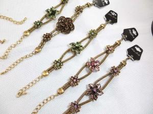 vintage-retro-cz-bracelet-gold-tone-1d