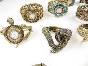 vintage-retro-watch-crystal-faux-gemstone-bangle-2f