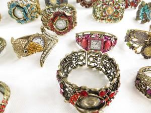 vintage-retro-watch-crystal-faux-gemstone-bangle-2h