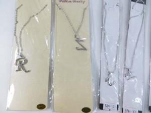 alphabet-initial-pendant-necklace-1c