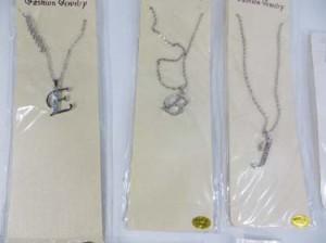 alphabet-initial-pendant-necklace-1d