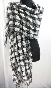 bubble-scarf-slayer-di1-47zd
