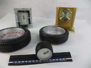 mixed designs fo fashion clocks