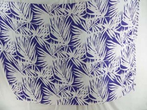 palm leave purple and white sarong