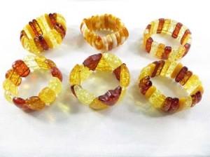 faux amber strecthy bracelet