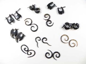Organic Horn Body Piercing Jewelry Tribal Gothic Punk Rave Streetstyle Earrings