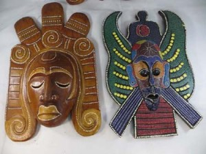 large-mask-wall-decor-1b