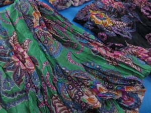 light-shawl-sarong-crinkle-db1-3b