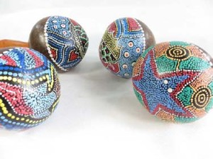 painted-coconut-maracas-rattle-1b