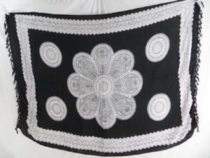 giant daisy flower black and white sarong