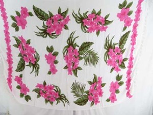 pink and white hibiscus flowers sarong sarong lava-lava