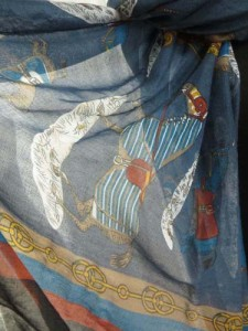 light-shawl-sarong-u1-72e