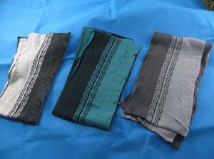 Men's and unisex winter thick scarves