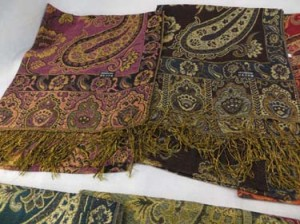 paisley-shawl-u2-82c
