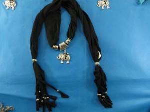 pendant-scarf-u1-81d