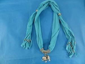 pendant-scarf-u1-81h