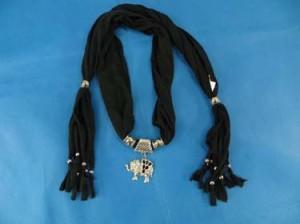 pendant-scarf-u1-81l