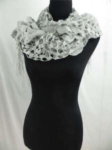 ruffle-scarves-u6-124h