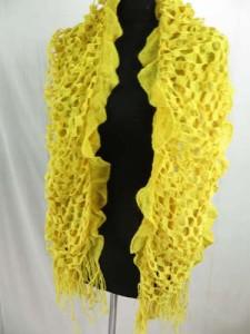 ruffle-scarves-u6-124m