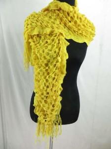 ruffle-scarves-u6-124o
