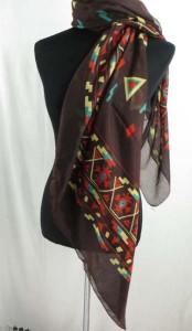 square-scarf-03zg