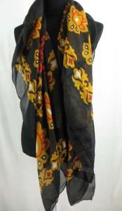 square-scarf-04x
