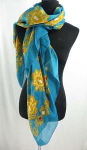 square-scarf-04zd