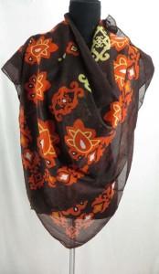 square-scarf-04zg