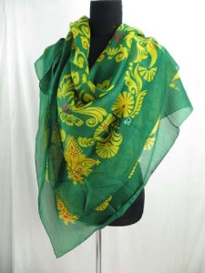 square-scarf-05zh