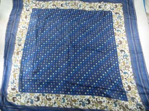 square-scarf-09f